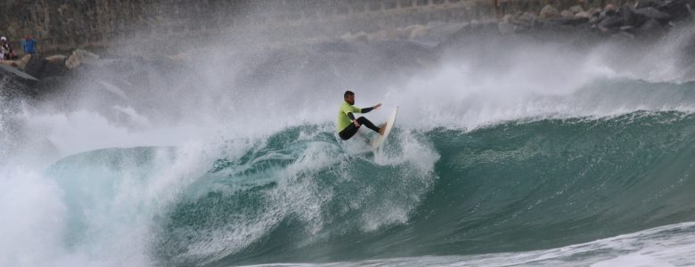 Agote Surfboards Catalog 2020, Mikel Agote surfing, floater
