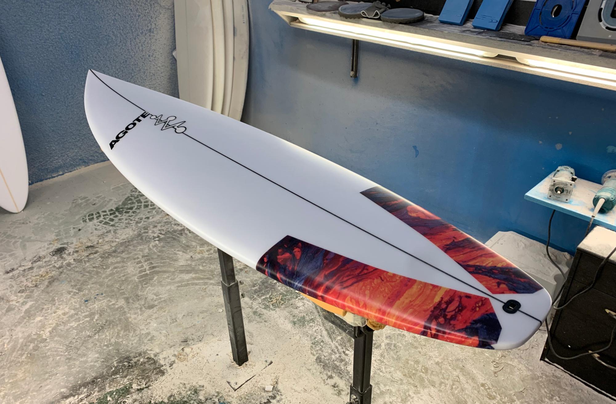Agote Surfboard, tablas de surf, color, tail patch